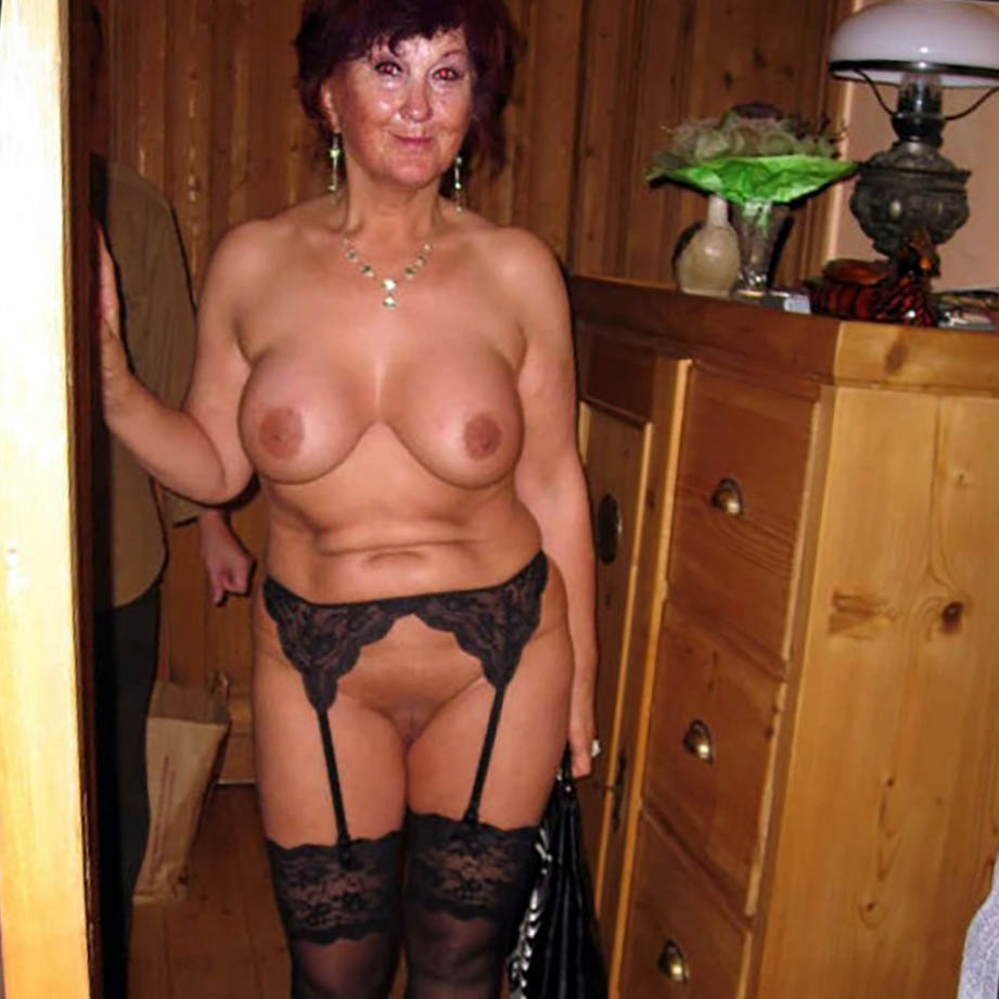 photo cougar nue escort allier